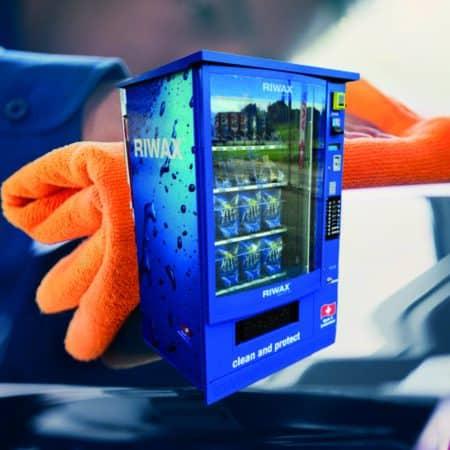 Neuer Produkteautomat von Riwax